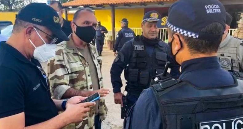 Secretário Rodney Miranda acompanha buscas de suspeito de cometer cinco assassinatos em Go